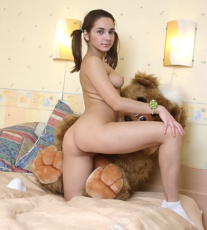 Fresh Girls Pigtails Porn Pictures