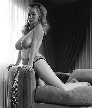 Fresh Girls Vintage Porn Pictures