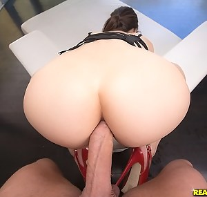 Fresh Big Ass Girls Anal Porn Pictures